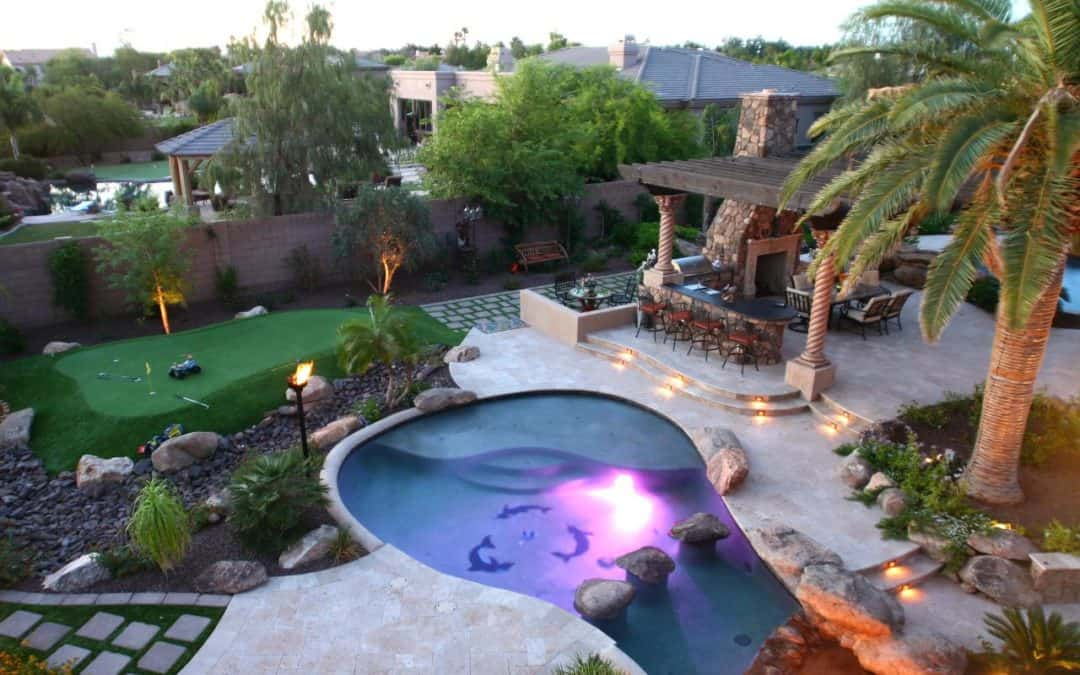 15 Backyard Putting Greens That Will Make You Jealous